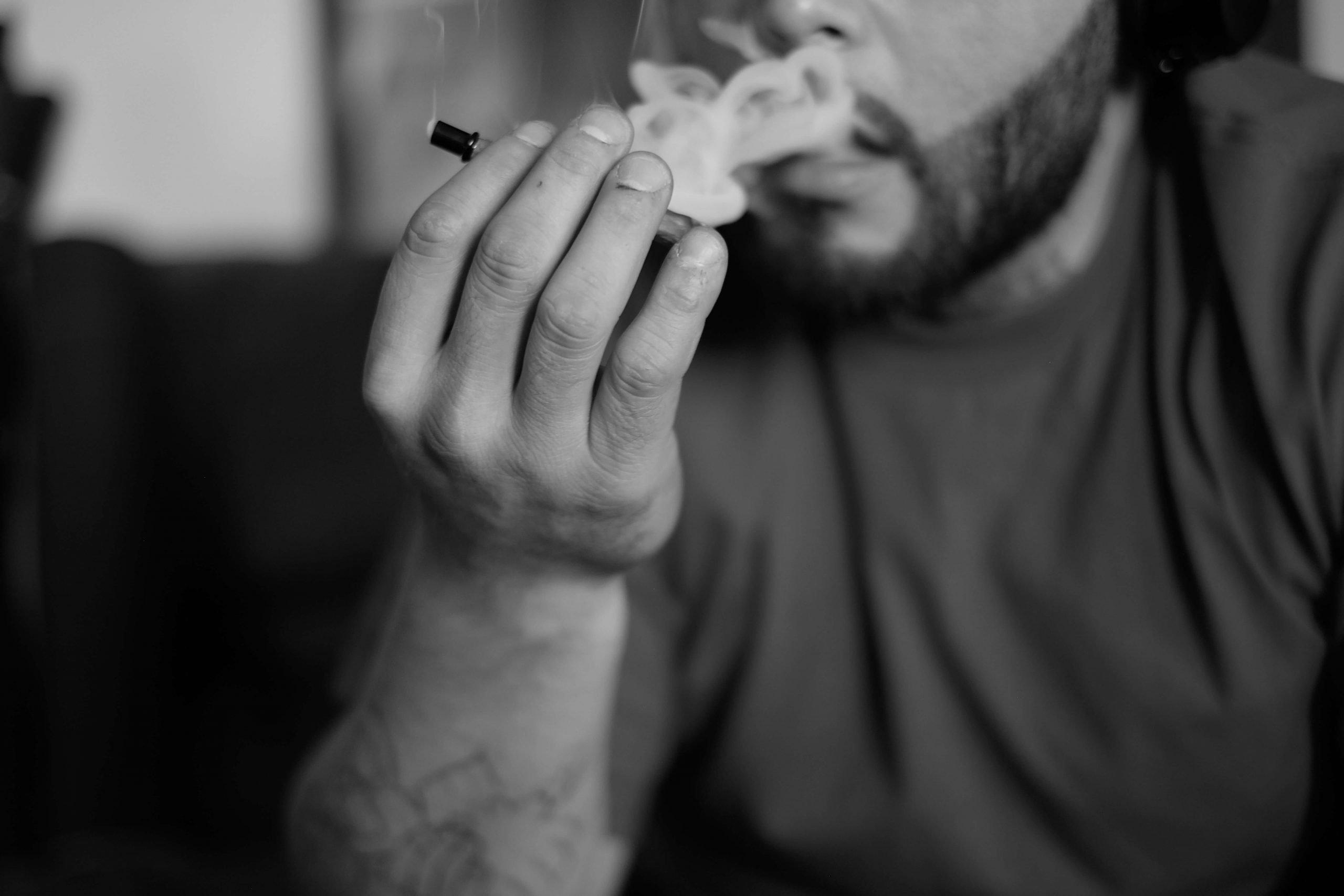can-you-smoke-hemp-1